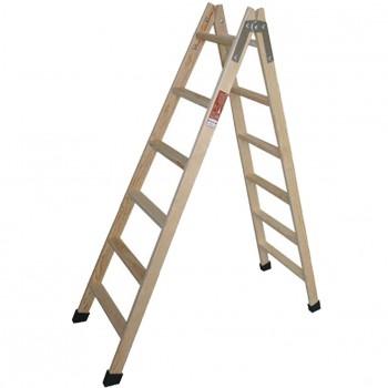 Escalera de madera de tijera