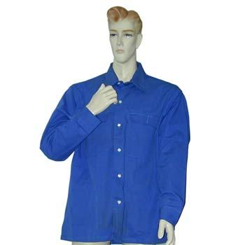 Camisa de tergal con manga larga